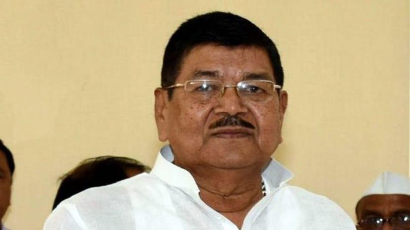 नीतीश कैबिनेट के मंत्री दिनेशचंद्र यादव ने विधायकी पद से दिया इस्तीफा