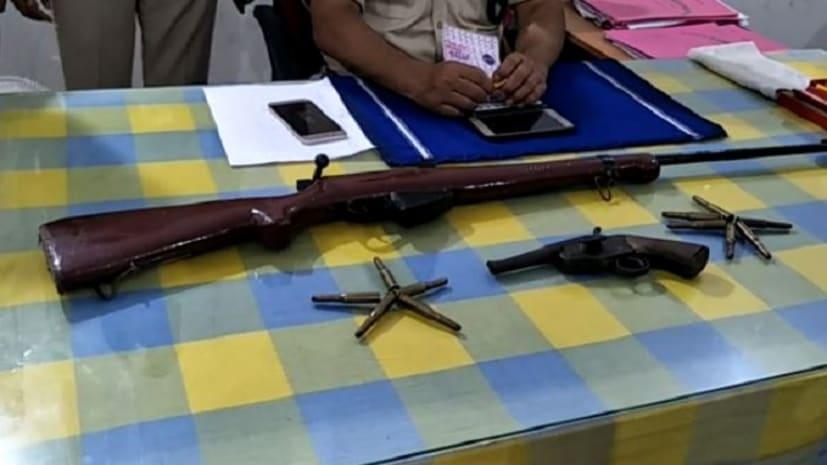 जहानाबाद में पुलिस को मिली सफलता, छापेमारी कर बरामद किये देशी कट्टा और रायफल
