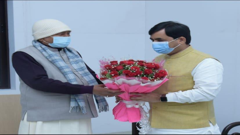 शाहनवाज हुसैन ने CM नीतीश की मौजूदगी में MLC पद की ली शपथ, फिर शाम में मुख्यमंत्री से की मुलाकात,चर्चाओं का बाजार गर्म