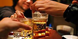 बड़ी खबर :  पटना के एक होटल में चल रही थी शराब पार्टी, पुलिस ने दो लोगों को किया गिरफ्तार