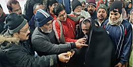 नववर्ष पर गांधी मैदान वॉकर्स क्लब ने गरीबों को दिया तोहफा, सांसद रामकृपाल ने बांटे कंबल और जलेबी