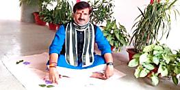 राजद का अनशन शुरू, 2 घंटे तक अपने अपने घर पर उपवास कर रहे नेता-कार्यकर्ता
