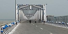 ट्रैफिक पुलिस के लिए गाइडलाइन जारी, गांधी सेतु पश्चिमी लेन पर बालू लदी गाड़ियां नहीं चलेंगी