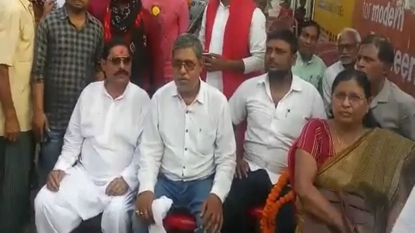 मुंगेर में अनंत सिंह और उनकी पत्नी पर आचार संहिता का मामला दर्ज, बिना अनुमति लिए की थी रैली