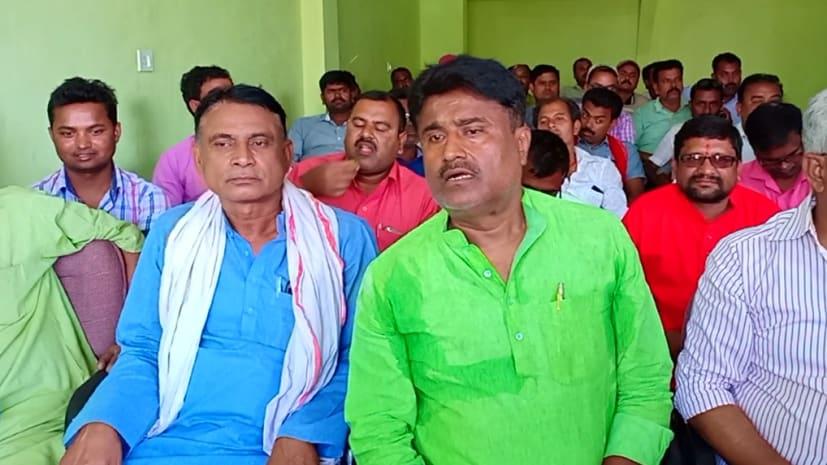 जीतन राम मांझी को एक और झटका, पूर्व मंत्री अजित कुमार ने पद से दिया इस्तीफा