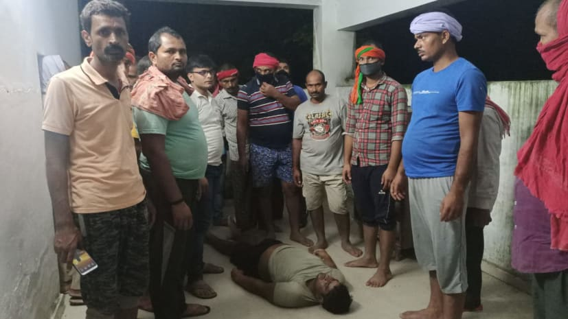 बेगूसराय में ठनका गिरने से छात्र की मौत, खेत में बैगन तोड़ने गया था लूटो