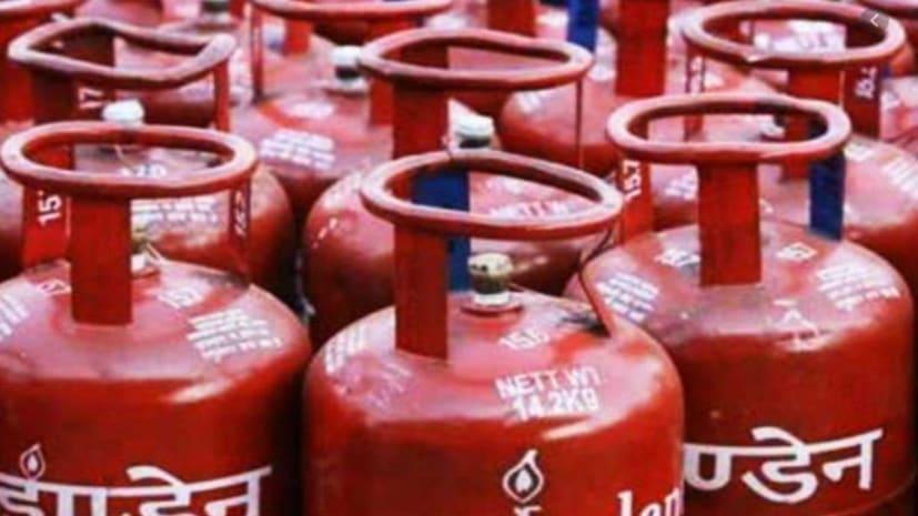 एलपीजी गैस सिलेंडर के नये दाम जारी, गैस डिलीवरी के लिए तरीके में भी बदलाव, जानिए पूरी जानकारी...