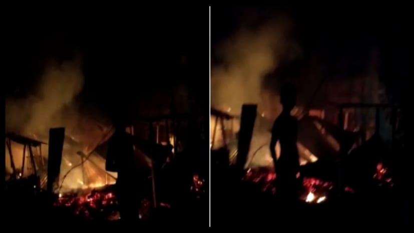 बड़ी खबर : पश्चिम चंपारण में गैस सिलिंडर में रिसाव से लगी आग, लाखों की संपत्ति जलकर राख
