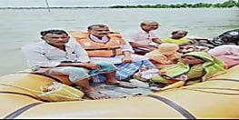 बाढ़ को लेकर सुशासन के व्यवस्था की खुली पोल, इलाज के अभाव में नवजात बच्ची की गई जान