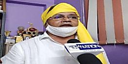 स्वास्थ्यकर्मियों और कोरोना मरीज की मदद में जुटे अखिल राष्ट्रीय जनतंत्र पार्टी के महामंत्री आरपी साहू, सदर अस्पताल में डोनेट किया पीपी किट