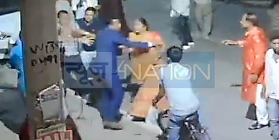 शर्म करो पटना पुलिस! कंकड़बाग में बीच सड़क पर अपराधियों ने महिलाओं के साथ की छेड़खानी और मारपीट