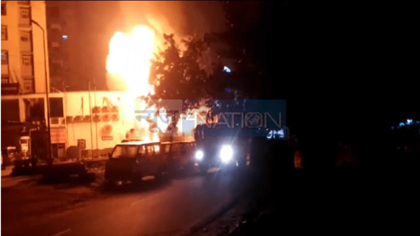 बड़ी खबर : पटना में पैट्रोल पंप पर तेल गिराते टैंकर में लगी भीषण आग, 7 दमकल की गाड़ियां मौके पर पहुंची...