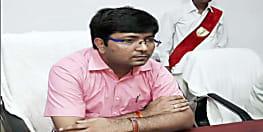 मधेपुरा : लोकसभा चुनाव को लेकर में निरोधात्मक कार्रवाई तेज, डीएम ने इन 5 कुख्यात को किया अनुमंडल बदर