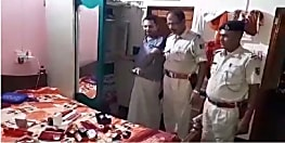 चोरों का तांडव : शिक्षक के घर दिनदहाड़े चोरी कर उड़ाये दस लाख के गहने