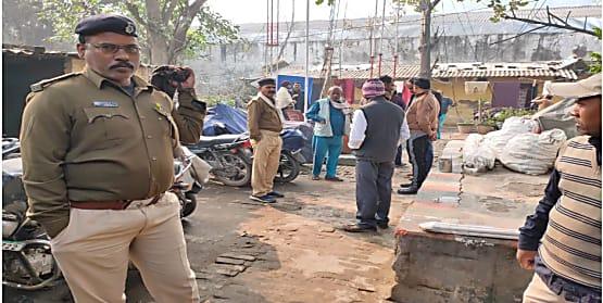 बड़ी खबर : पटना में हार्डवेयर व्यवसाई की ईंट-पत्थर से कूंचकर बेरहमी से हत्या, झाड़ियों से बरामद हुई लाश