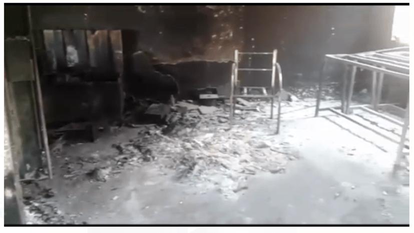 नक्सलियों का तांडव: स्कूल को किया आग के हवाले, सुरक्षा बलों के ठहरने का हो रहा था इंतज़ाम