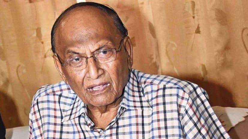 सीपी ठाकुर ने अपनी ही सरकार पर उठाए सवाल, सीएम नीतीश का अब तक मुजफ्फरपुर नहीं जाने को बताया बेहद दुखद
