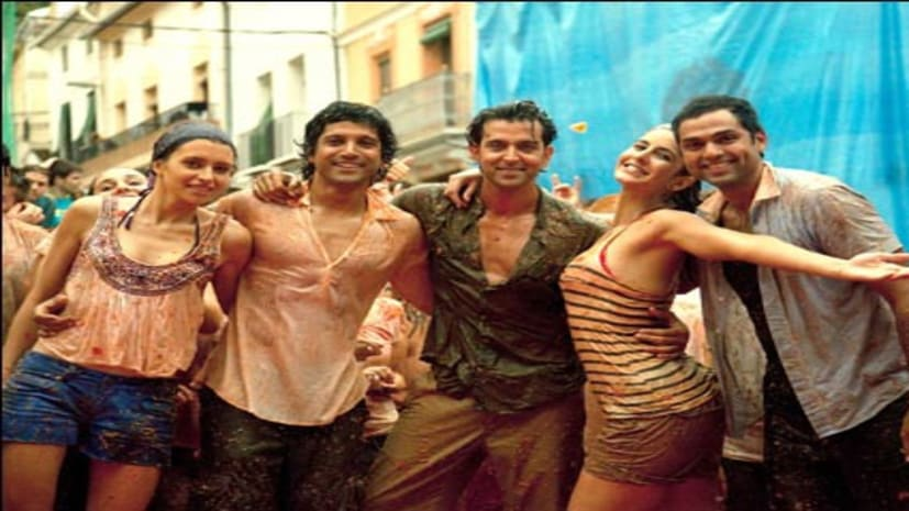 फ़रहान अख्तर ने अपनी फ़िल्म 'ज़िन्दगी न मिलेगी दोबारा' के आठ साल पूरे होने पर लिखा भावुक संदेश