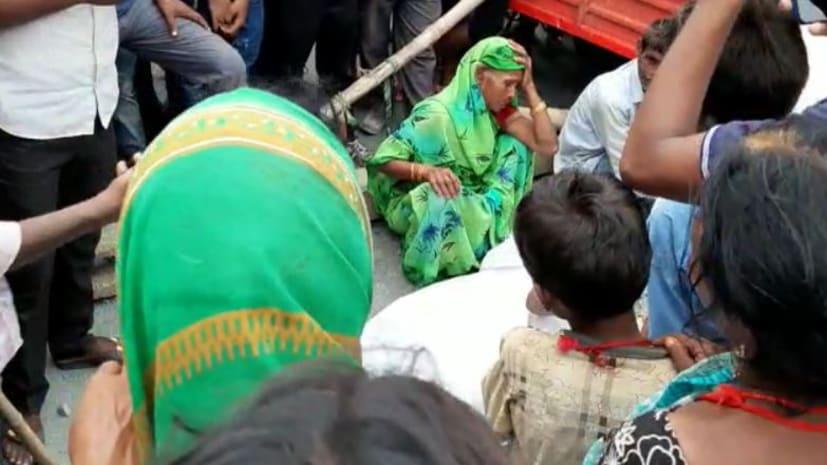 औरंगाबाद में करंट लगने से शख्स की मौत, आक्रोशित लोगों ने किया सड़क जाम
