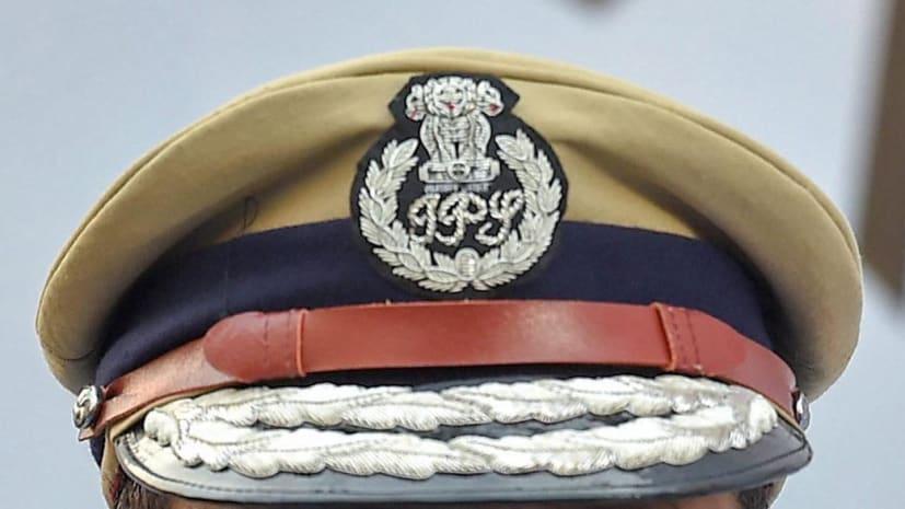 बालू खनन में नपे! नीतीश सरकार ने दो जिलों के SP को हटाया, राकेश दुबे को पुलिस मुख्यालय में योगदान के आदेश