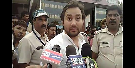 तेजस्वी बोले- दुनिया की सबसे बड़ी पार्टी के पास बिहार में अपना कोई चेहरा नहीं... बीजेपी को चिंतन करनी चाहिए