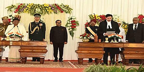 जस्टिस रवि रंजन बने झारखंड हाईकोर्ट के मुख्य न्यायाधीश, राज्यपाल द्रौपदी मूर्मू ने दिलाई शपथ