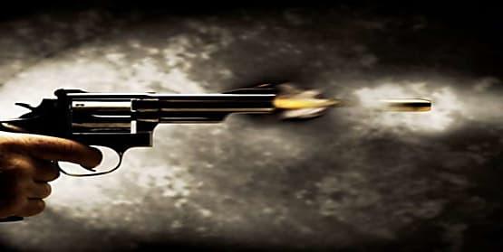 जमुई में अपराधियों ने शख्स के गर्दन में मारी गोली, पटना रेफर