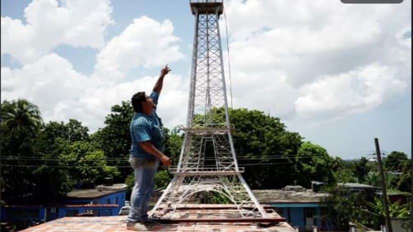 पिता ने छत पर बना दिया एफिल टॉवर, बेटा बार बार करता था Wifi सिग्नल की शिकायत