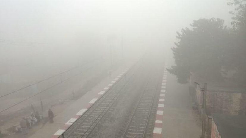 दिसंबर के महीने में बढ़ती ठंड को देखते हुए रेलवे ने कई ट्रेनों को कैंसिल करने का लिया फैसला