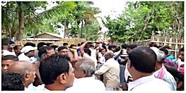 लोकसभा चुनाव अपडेट: कहीं EVM खराब तो कहीं लोगों ने किया मतदान का बहिष्कार