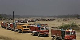 परिवहन विभाग का बड़ा आदेश,14  से अधिक चक्का वाले ट्रकों से बालू की नही होगी ढुलाई