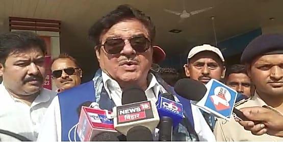 बिहारी बाबू का PM मोदी पर अटैक,कहा- कहां है सरकार और पीएम की संवेदना