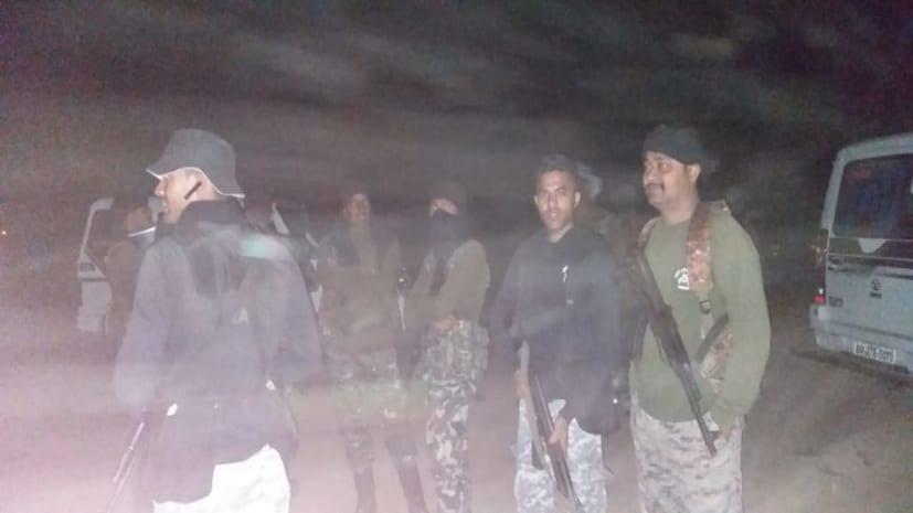 बालू माफियाओं के खिलाफ नवादा एएसपी की छापेमारी, 1 युवक गिरफ्तार