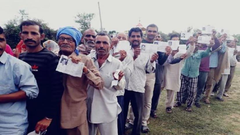 बिहार के पांच लोकसभा सीटों पर मतदान जारी,  68 उम्मीदवारों के भाग्य का फैसला आज होगा EVM में कैद