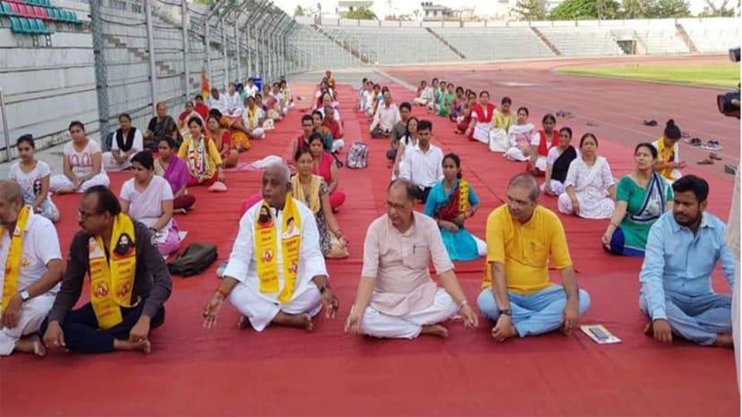 राजधानी पटना में तैयारी जोरो पर, योग दिवस के पहले हो रहा योगाभ्यास