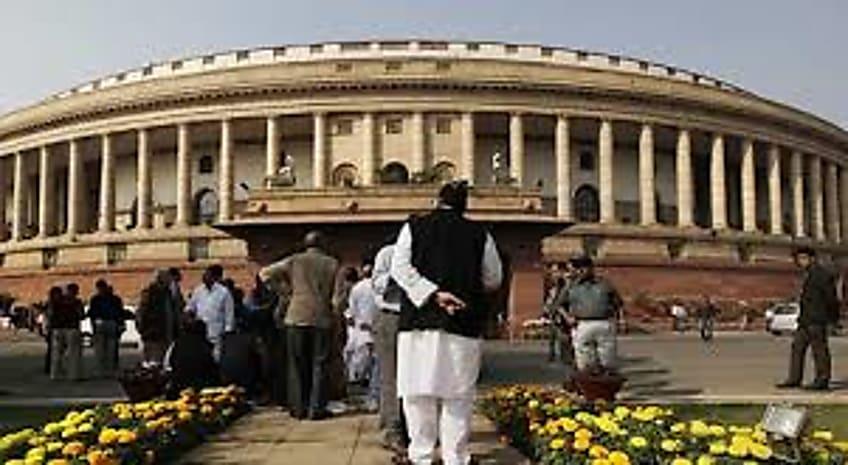 आज से शुरु होगा संसद का शीतकालीन सत्र, कई मामलों पर हंगामे के आसार
