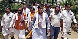 अभी-अभी : रामकृपाल ने लगाया बड़ा आरोप, वोटरो को नहीं पहुंचने दिया जा रहा है बूथ पर