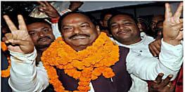 झारखंड चुनाव: क्या लोकलुभावन योजनाओं के सहारे भाजपा को दोबारा जीत दिला पाएंगे रघुवर दास ?