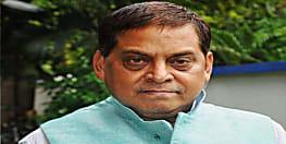 लालू प्रसाद पर जमकर बरसे मंत्री नीरज कुमार, कहा मानव श्रृंखला ने बढाया लालू परिवार का पॉलिटिकल शुगर