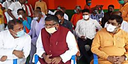 केंद्रीय मंत्री रविशंकर का तेजस्वी पर निशाना, राजद के मुख्यमंत्री उम्मीदवार नौंवी फेल और वह 10 लाख युवाओं को नौकरी देने की बात कर रहा है