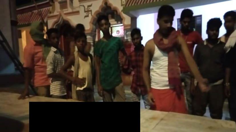 हिट स्ट्रोक का असर : बैकठपुर मंदिर में दो दिन में मरे सौ से अधिक कबूतर