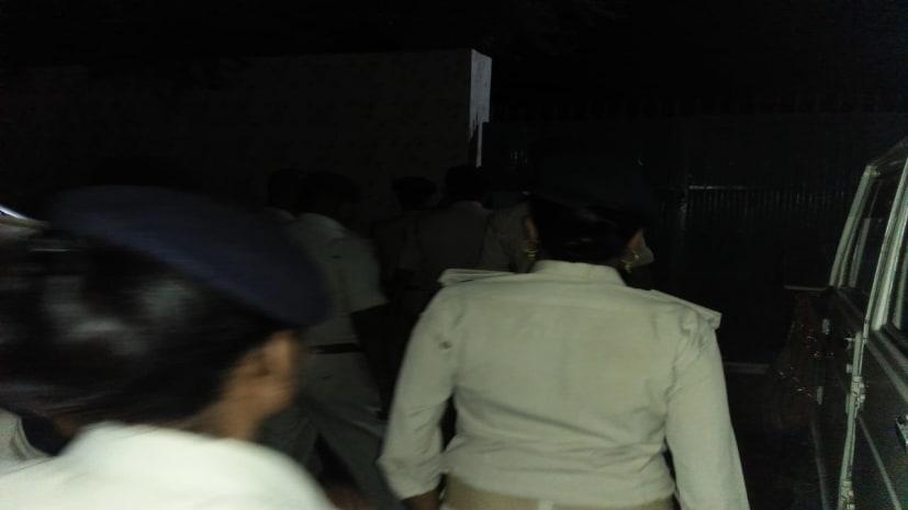 अनंत सिंह के करीबी के यहां पुलिस की छापेमारी, अवैध कारतूस बरामद...