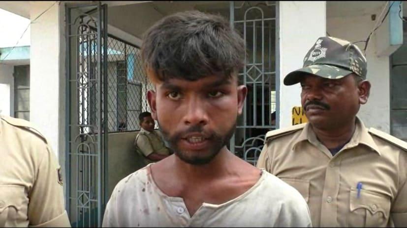 कटिहार पुलिस ने दिखाई तत्परता, फाइनेंस कर्मी से रुपये से भरा बैग लूट कर भाग रहे एक अपराधी को दबोचा, हथियार बरामद