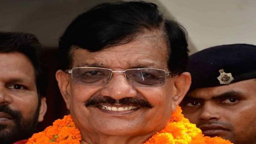 बिहार प्रदेश कांग्रेस के अध्यक्ष ने मानव श्रृंखला को बताया फ्लॉप, कहा बच्चों को जानवरों की तरह ढोया गया