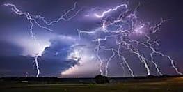पूर्णिया में आकाशीय बिजली गिरने से चार लोगों की हुई मौत
