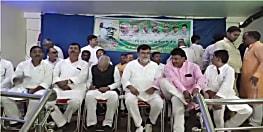 आधुनिक बिहार के निर्माता श्रीकृष्ण सिंह की 132 वीं जयंती आज, गया में जदयू नेताओं ने दी श्रद्धांजलि