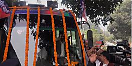 चिराग पासवान का बिहार फर्स्ट, बिहारी फर्स्ट यात्रा की शुरुआत, LJP दफ्तर से रथ पर सवार होकर निकले चिराग