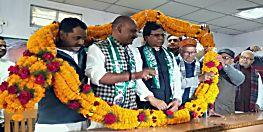 कुशवाहा समाज के दो बड़े नेताओं ने जदयू का थामा दामन, वरिष्ठ नारायण सिंह बोले कई और नेता हैं संपर्क में