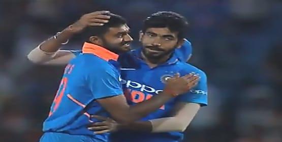 टीम इंडिया के इस ऑलराउंडर ने की सगाई, इंस्टाग्राम पर की अपनी सगाई की तस्वीरें शेयर
