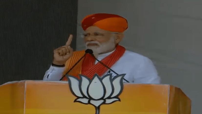 PM मोदी ने पाकिस्तान को चेताया,कहा- हमने दिवाली के लिए नहीं रखा है परमाणु बम
